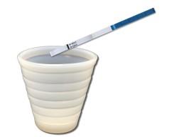 Urine opvangen en test erin